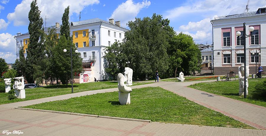 Эконом памятник Арка Лакинск памятник на могилу Арзамас